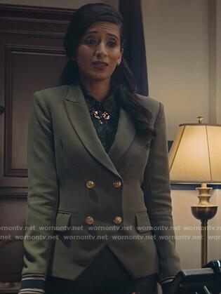 Anaya's green double breasted blazer on Stargirl