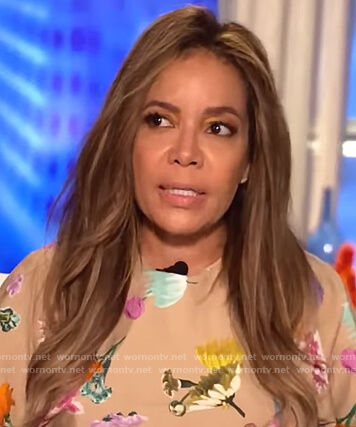 Sunny's beige floral top on The View