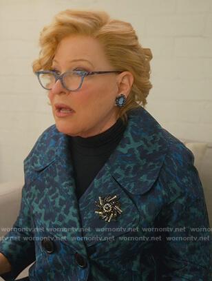 Alice's blue polka dot shirtdress on The Politician