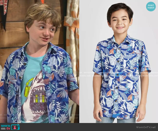 Tropical Print Short Sleeve Button-Down Shirt by Cat & Jack worn by Finn Sawyer (Will Buie Jr) on Bunkd