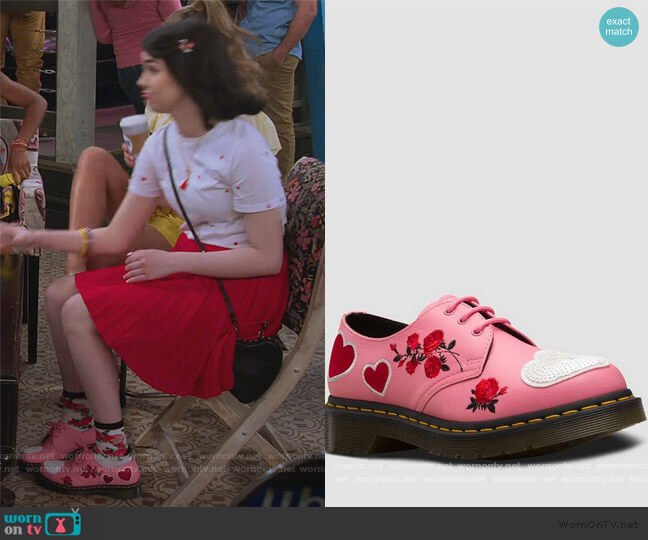1461 Hearts Applique by Dr Martens worn by Hannah (Merit Leighton) on Alexa & Katie