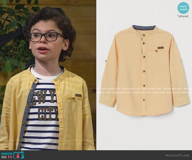 Band-Collar Shirt by H&M worn by Matteo Silva (Raphael Alejandro) on Bunkd