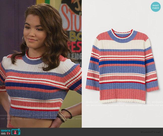 Ribbed Sweater by H&M worn by Alexa Mendoza (Paris Berelc) on Alexa & Katie