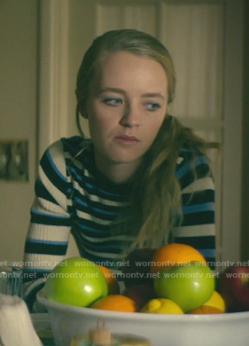 Jenny Broderick's blue striped ribbed sweater on Dirty John