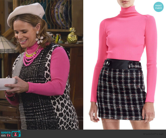 Malangou Ribbed Turtleneck Sweater by Maje worn by Kimmy Gibbler (Andrea Barber) on Fuller House