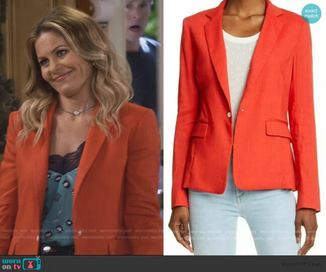 Winona Blazer by Rag and Bone worn by DJ Tanner-Fuller (Candace Cameron Bure) on Fuller House