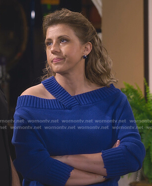 Stephanie's blue off-shoulder sweater on Fuller House