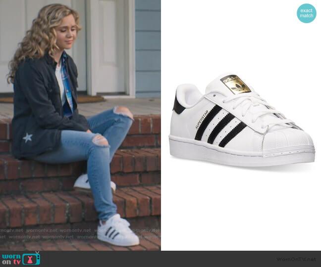 Superstar W by Adidas worn by Courtney Whitemore (Brec Bassinger) on Stargirl