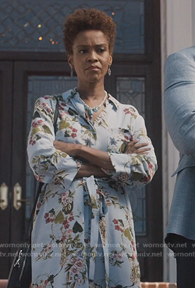 Kerissa's blue floral shirtdress on Greenleaf