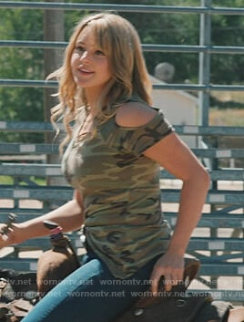 Laramie's camo cold shoulder tee on Yellowstone