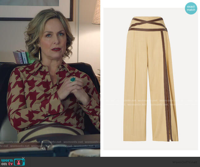 Criss Cross Applesauce Faux Leather-Trimmed Canvas Wide-Leg Pants by Rosie Assoulin worn by Jacqueline (Melora Hardin) on The Bold Type