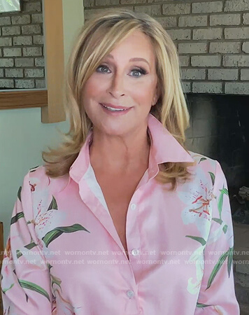 Sonja's pink lily print shirtdress on The Real Housewives of New York City