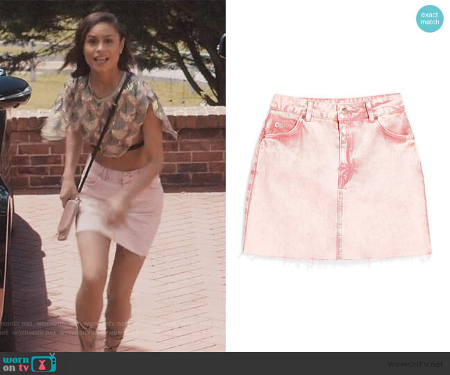 Denim Frayed Mini Skirt by Topshop worn by Sophia Greenleaf (Desiree Ross) on Greenleaf