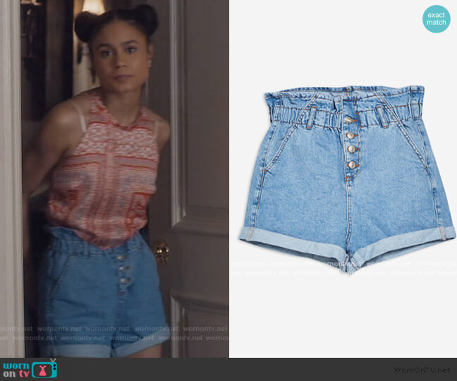 Denim Paperbag Shorts by Topshop worn by Sophia Greenleaf (Desiree Ross) on Greenleaf