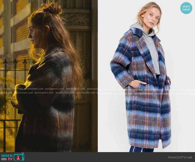 Oversized Plaid Wool Overcoat by Urban Outfitters worn by McAfee (Laura Dreyfuss) on The Politician