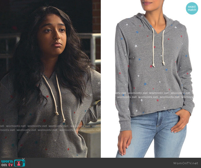 Printed Pullover Hoodie by Alternative worn by Devi Vishwakumar (Maitreyi Ramakrishnan) on Never Have I Ever
