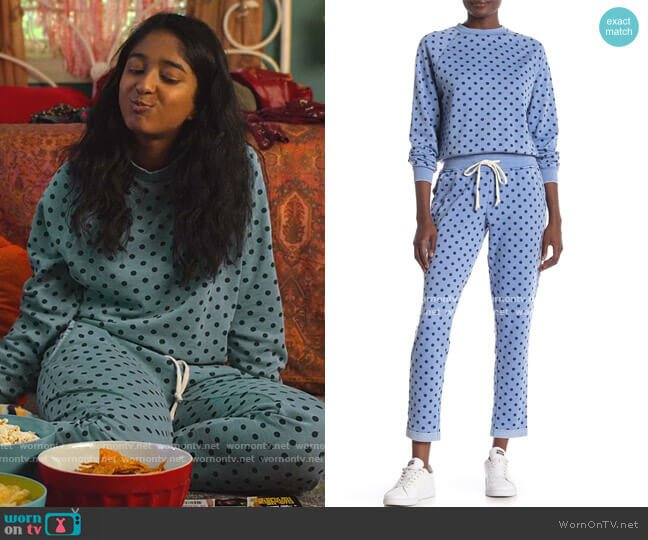Printed Pullover Sweater and Dot Joggers by Alternative worn by Devi Vishwakumar (Maitreyi Ramakrishnan) on Never Have I Ever
