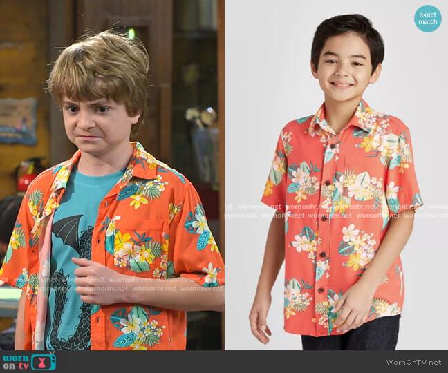 Tropical Print Short Sleeve Button-Down Shirt by Cat & Jack worn by Finn Sawyer (Will Buie Jr) on Bunkd