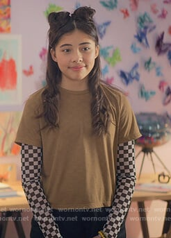 Dawn's checkerboard mesh top on The Baby-Sitters Club