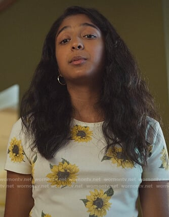 Devi's white sunflower print tee on Never Have I Ever