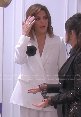 Lisa's white blazer on The Real Housewives of Beverly Hills