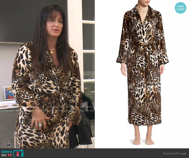 Chestnut Leopard Print Plush Robe by Natori worn by Kyle Richards  on The Real Housewives of Beverly Hills