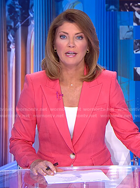 Norah's pink blazer on CBS Evening News
