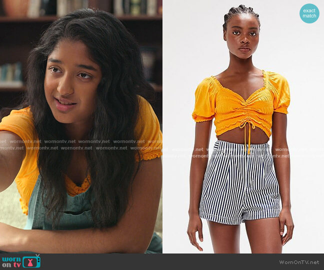 Shay Smocked Puff Sleeve Red Cropped Top by Urban Outfitters worn by Devi Vishwakumar (Maitreyi Ramakrishnan) on Never Have I Ever
