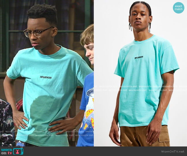 Influencer Tee by Urban Outfitters worn by Noah Lambert (Israel Johnson) on Bunkd