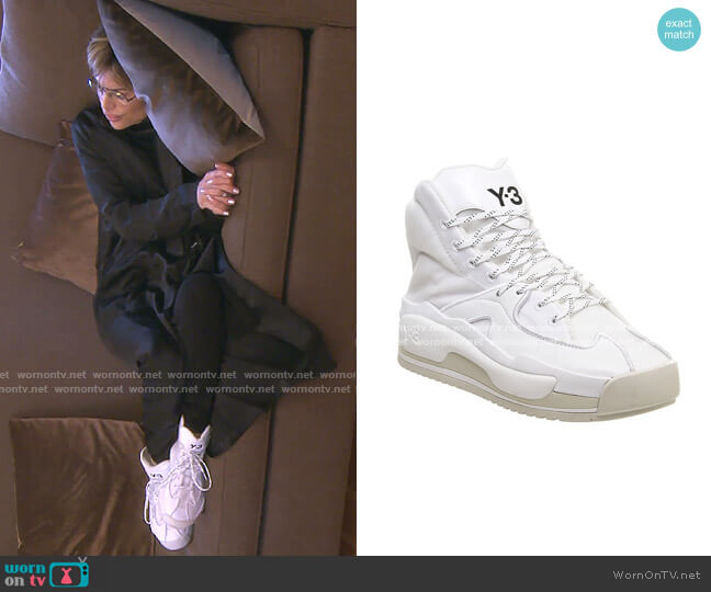 Hokori Sneakers by Y-3 worn by Lisa Rinna  on The Real Housewives of Beverly Hills