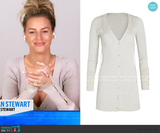Lauris Cardigan by Jacquemus worn by Morgan Stewart  on E! News