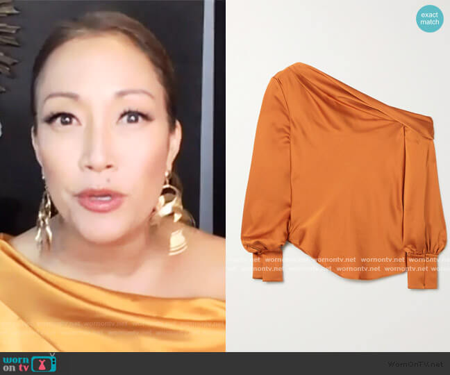 Alice draped one-shoulder satin blouse by Jonathan Simkhai worn by Carrie Inaba  on The Talk