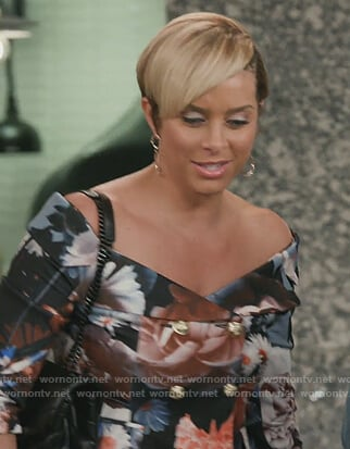 Robyn's floral off shoulder blazer on The Real Housewives of Potomac