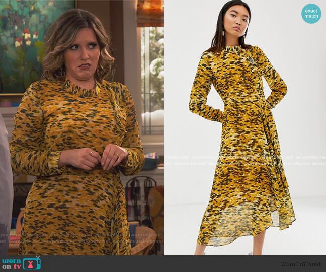 Ikat Animal Ines Midi Dress by Whistles worn by Natalie Ceballos on United We Fall