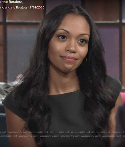 Amanda's black cap sleeve sheath dress on The Young and the Restless