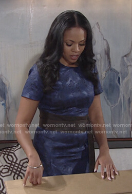 Amanda's blue jacquard short sleeve dress on The Young and the Restless