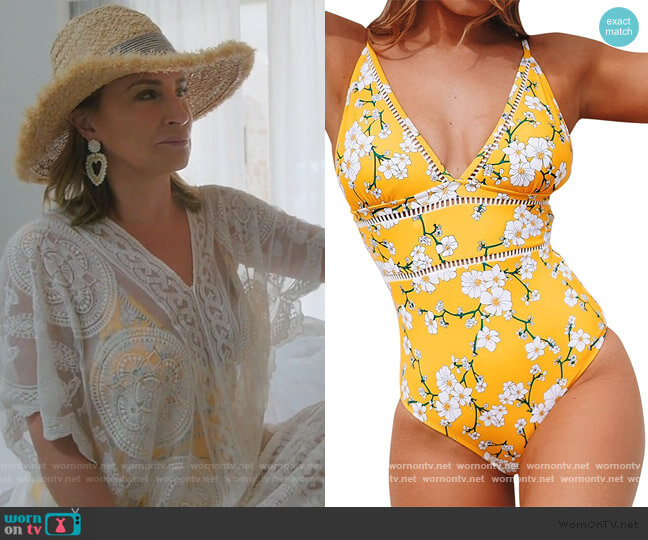 Yellow Pear Blossom Print Swimsuit by Cupshe worn by Sonja Morgan  on The Real Housewives of New York City