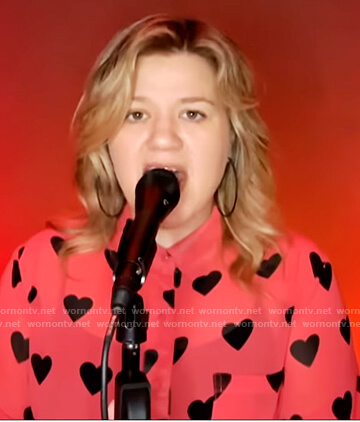 Kelly's pink heart print blouse on The Kelly Clarkson Show