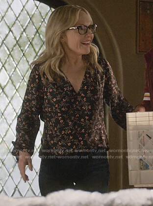 Linda's black floral print blouse on Lucifer