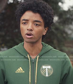 Noah's green Adidas hoodie on Trinkets