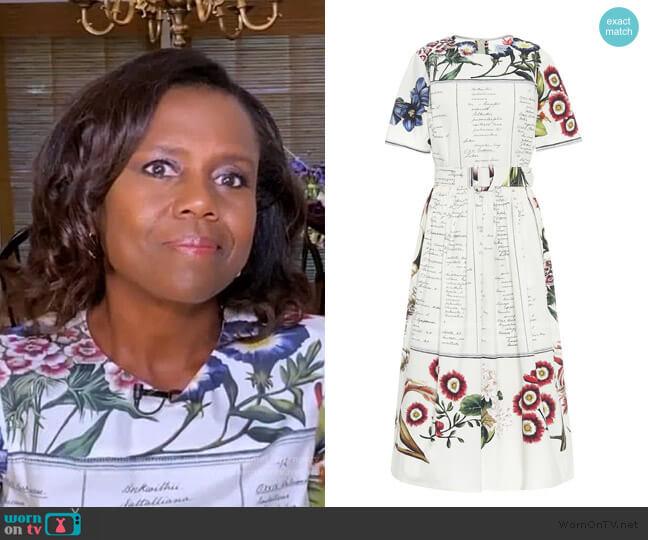 Floral Script Print Dress by Oscar de la Renta worn by Deborah Roberts  on Good Morning America