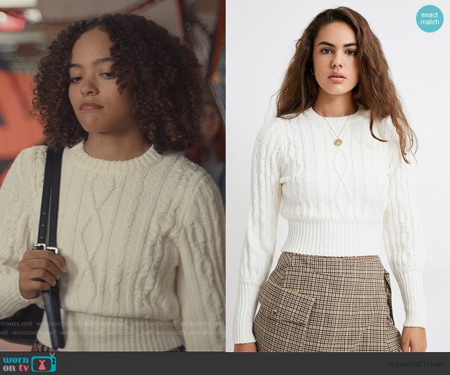 Chloe Knit Sweater by Urban Outfitters worn by Tabitha Foster (Quintessa Swindell) on Trinkets