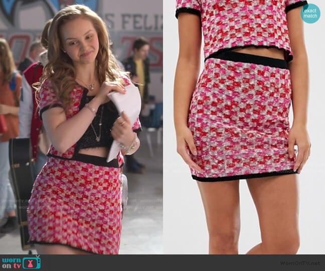 Two-Piece Check Tweed Mini Skirt worn by Carrie (Savannah Lee May) on Julie & the Phantoms