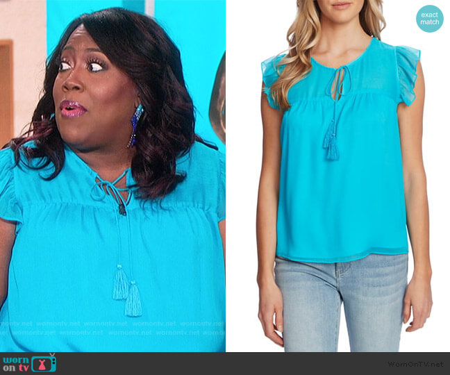 Floral Flutter Sleeve Top by Cece worn by Sheryl Underwood  on The Talk