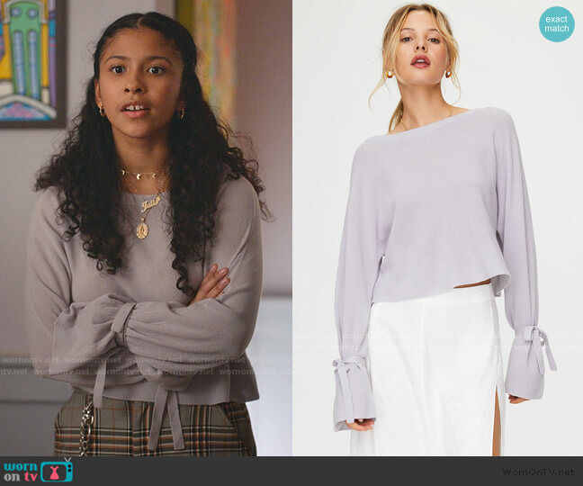 Emmy Sweater by Wilfred worn by Julie (Madison Reyes) on Julie & the Phantoms
