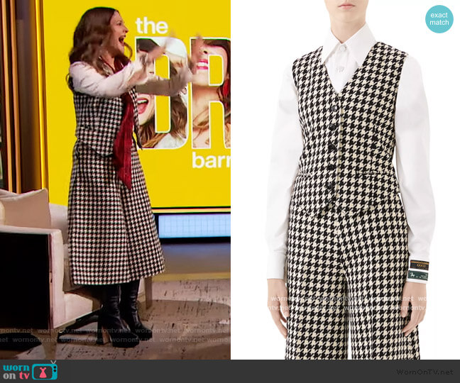 Houndstooth Wool-Blend Vest and Pants by Gucci worn by Drew Barrymore  on The Drew Barrymore Show
