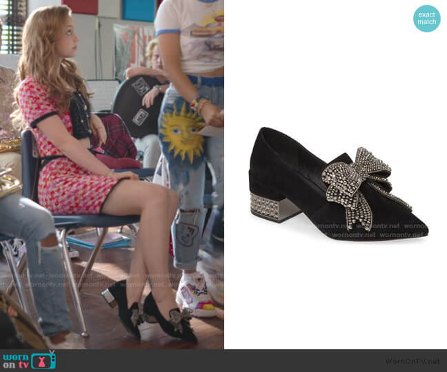 Valensia Pump Loafer by Jeffrey Campbell worn by Carrie (Savannah Lee May) on Julie & the Phantoms