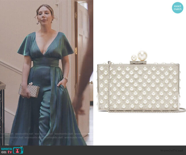 Clara pearl and crystal-embellished box clutch by Sophia Webster worn by Katherine (Katherine Ryan) on The Duchess