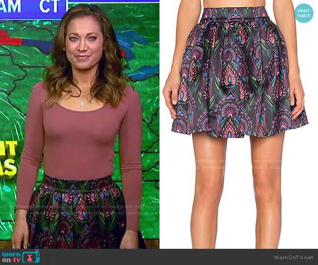 Stora Pleated Pouf Skirt by Alice + Olivia worn by Ginger Zee  on Good Morning America