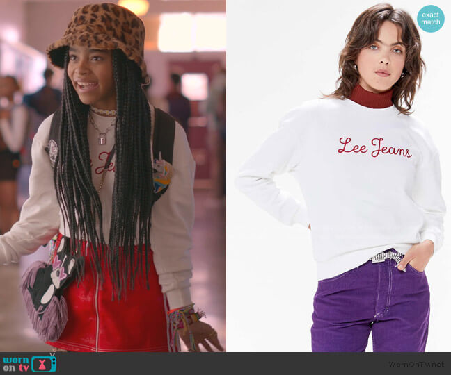 Logo Crew Neck Sweatshirt by Urban Outfitters worn by Flynn (Jadah Marie) on Julie & the Phantoms